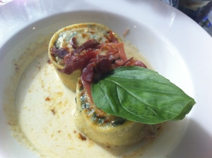 Gratin de tondelle au jambon Serrano, épinards frais au vieux Parmesan